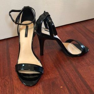 Forever 21 black strappy heels 7